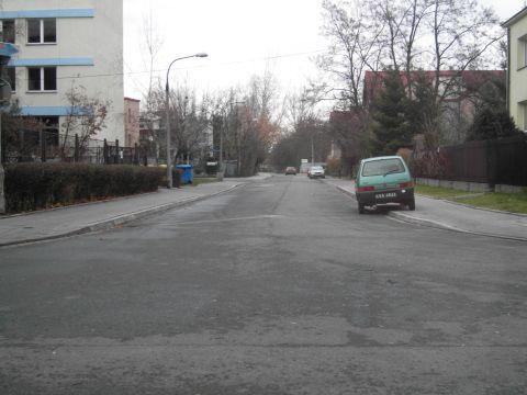 Ulica Rymarska, Kraków. Skandaliczna zmiana organizacji ruchu z pominięciem potrzeb rowerzystów.